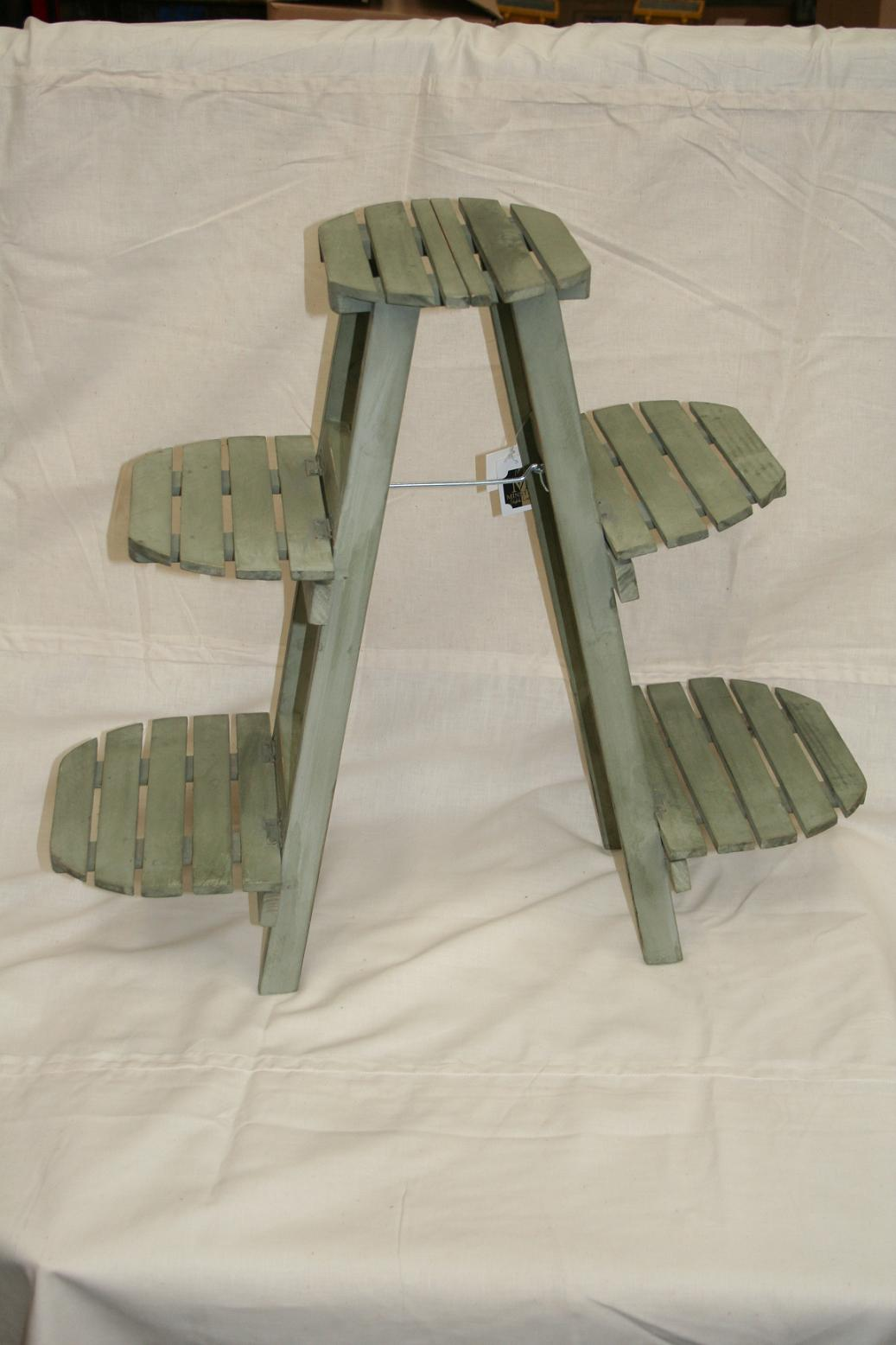 Wooden 3 Tier Plant Stand In 2 Colours