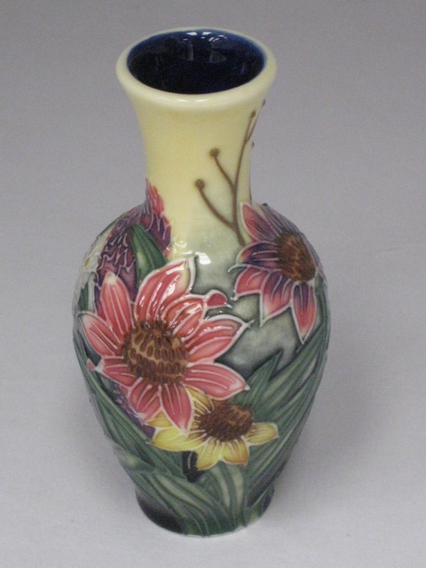 Old Tupton Ware Miniature Vase In 2 Ranges Amp 3 Styles 4